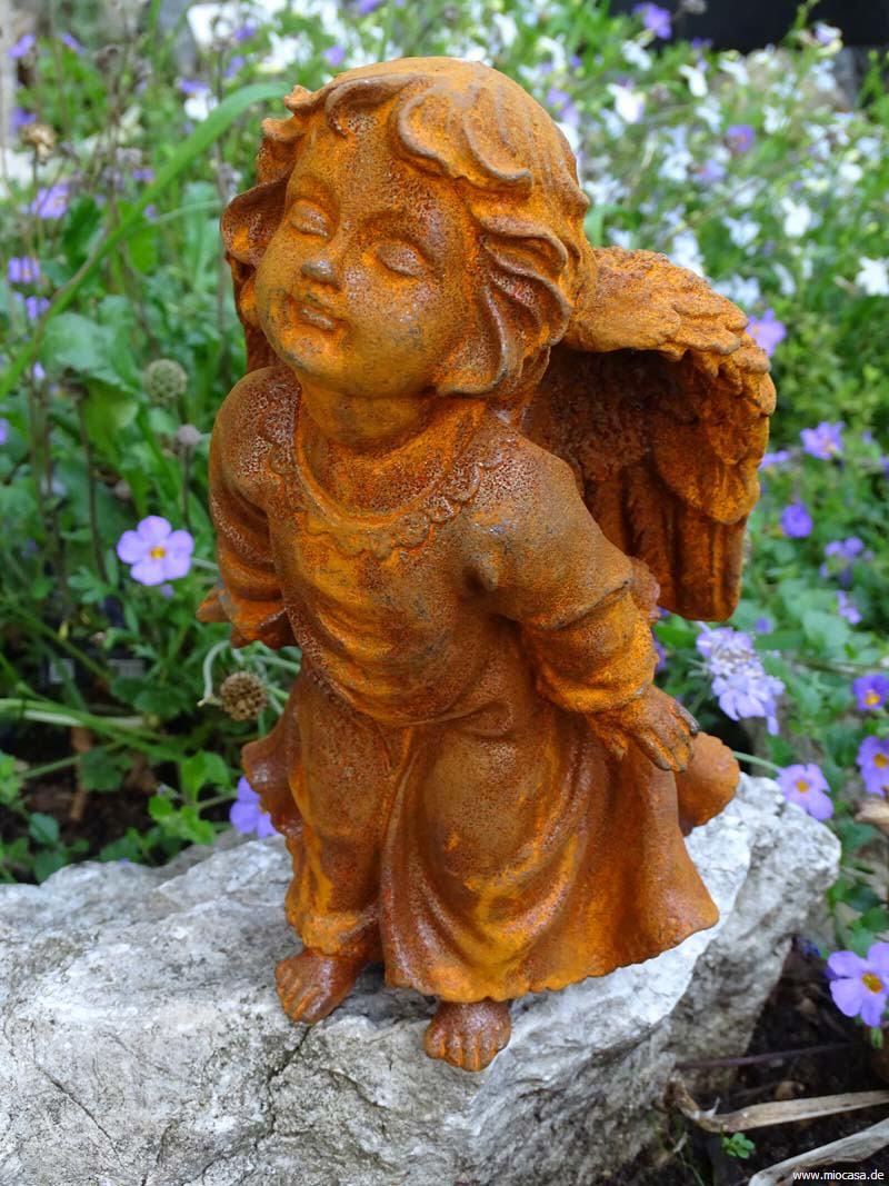 Engelchen aus gu eisen mit naturrostpatina for Edelrost figuren