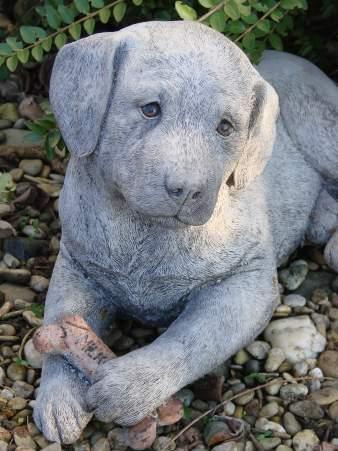 hund labrador steinfigur gartenfigur frostfester steinguss. Black Bedroom Furniture Sets. Home Design Ideas